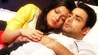 RK & MADHUBALA BED SCENE : Madhubala - Ek Ishq Ek Junoon - 6th November 2013