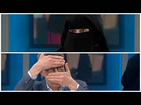 Krasnik til kvinde i niqab: Det er jo ekstremt distraherende - DR Nyheder