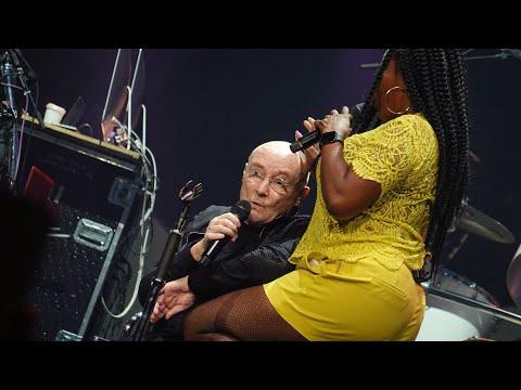 Phil Collins Live 2019 🡆 Easy Lover ⬘ w/ Amy Keys 🡄 Sept 24 - Houston, TX