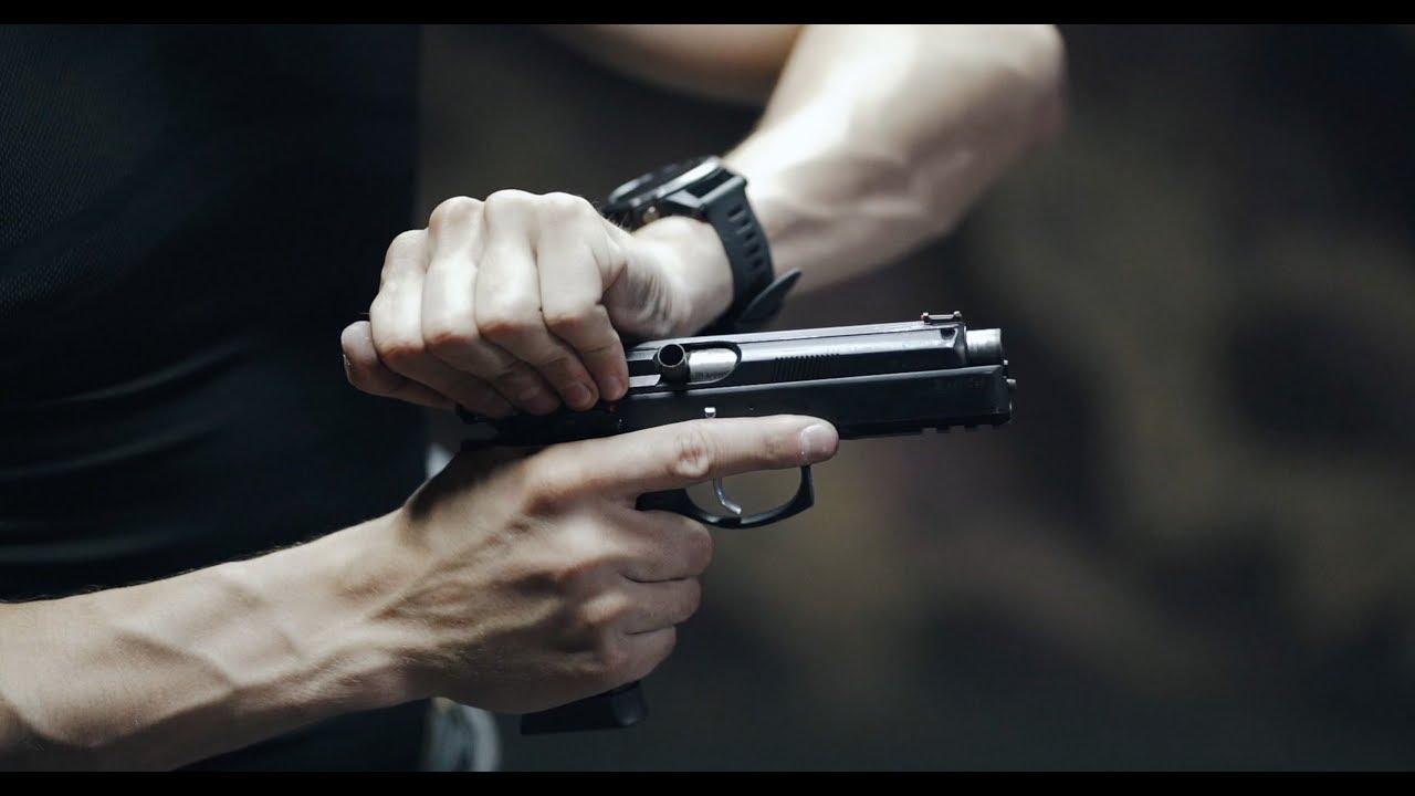 русская рулетка стреляешь из пистолета провительство россии