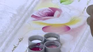 Pintura de rosas em toalha – Ana Laura Rodrigues PT2