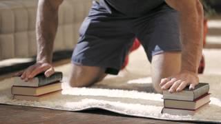 Упражнения для грудных мышц: глубокие отжимания | Школа домашнего фитнеса #6