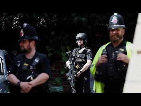Manchester mobilises as UK police investigate alleged bomber