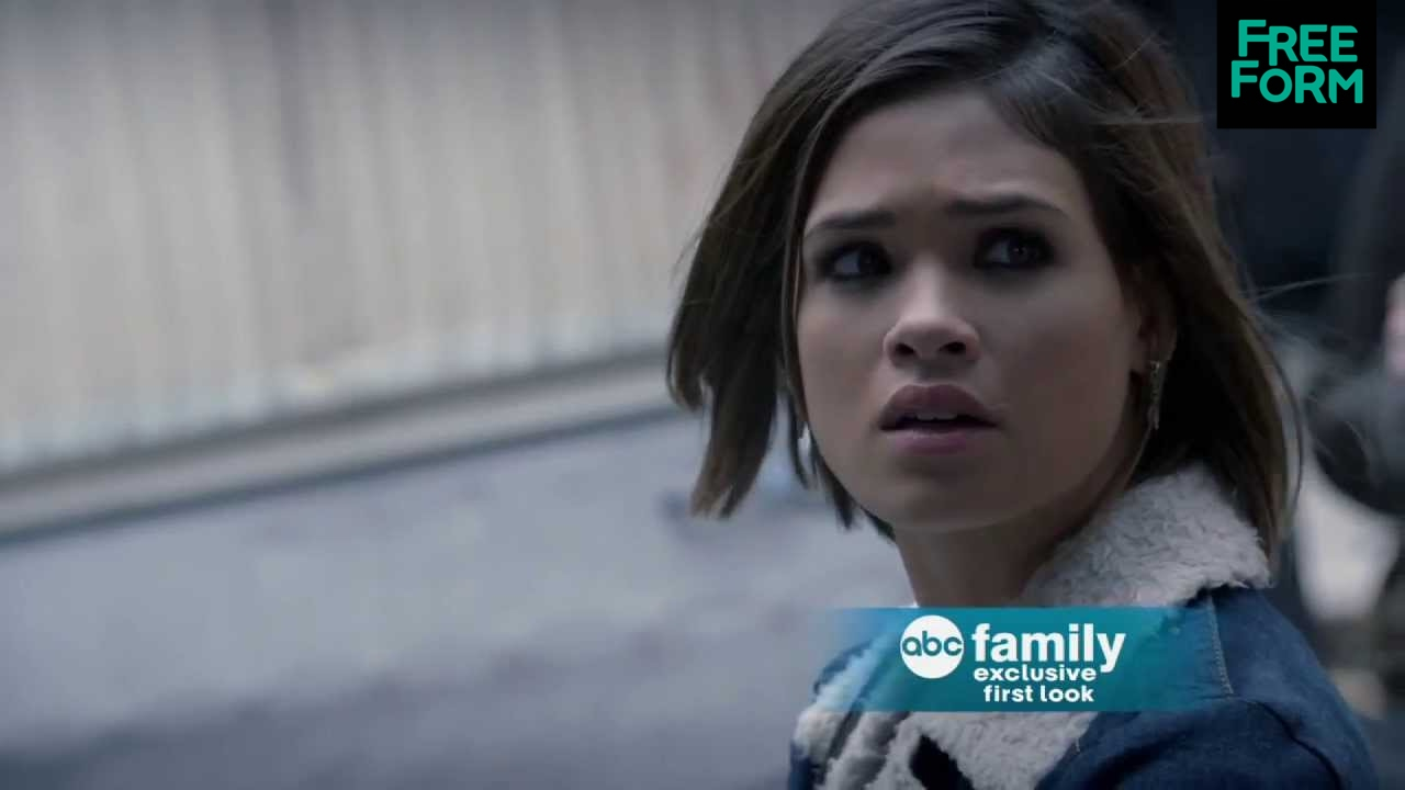 Download Exclusive First Look at Ravenswood | Freeform