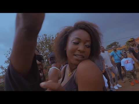 MAAHLOX LE VIBEUR '' VOICI ALORS LA BOSSE '' clip officiel by R.TALLA