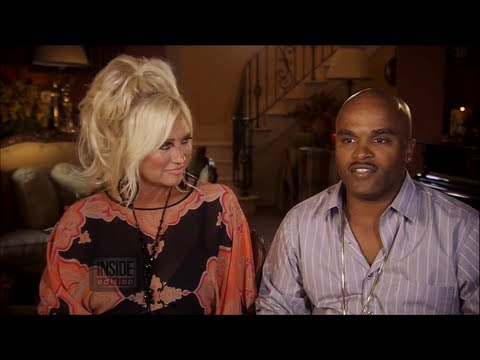 Linda Hogan Is a Cougar in New Music Video
