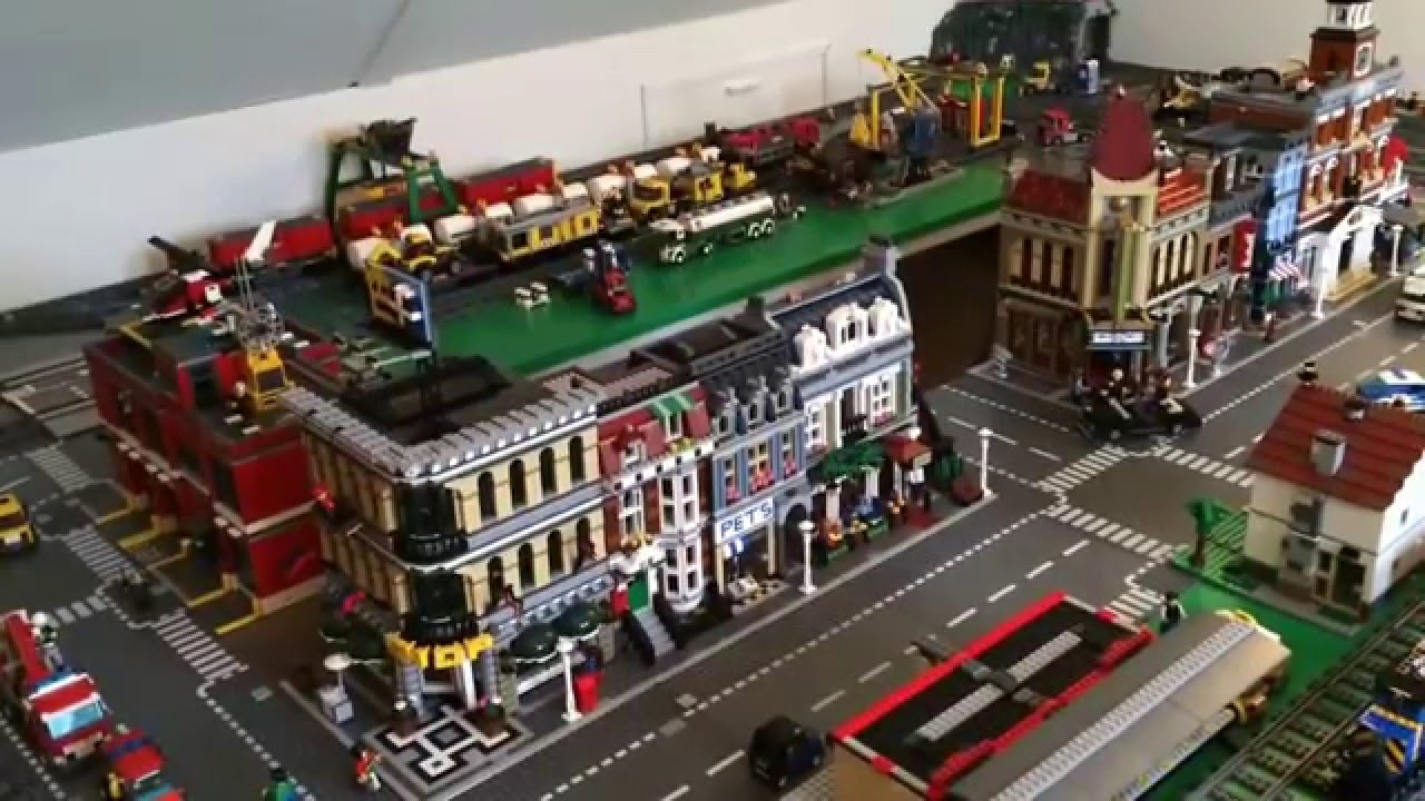 New LEGO City layout. The new metro track is done. - YouTube