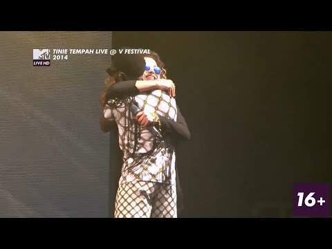 Tinie Tempah & Ella Eyre – Someday (Live at V Festival 2014)
