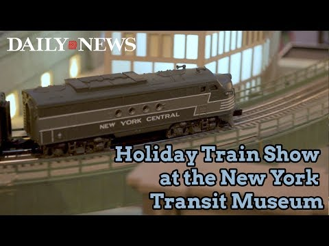 Holiday Train Show at the New York Transit Museum