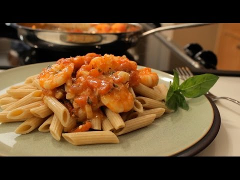 Easy One Pan Spicy Shrimp Recipe // One Pan Nan