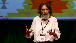 Müslüman Mahallesinde Kilim Satmak | Hikmet Şırlak | TEDxReset