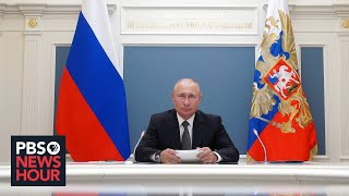 Russian voters appear to approve constitutional changes that could extend Putin's reign