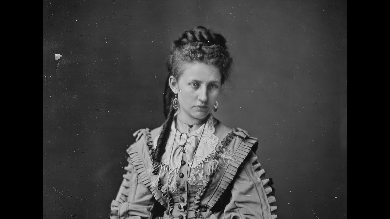 Photos Of Victorian Women By Mathew Brady From The 1860 S