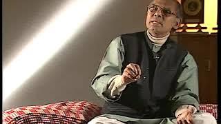 Ustad Asad Ali Khan talks and  illustrates Raag Jaunpuri on the Rudra Veena