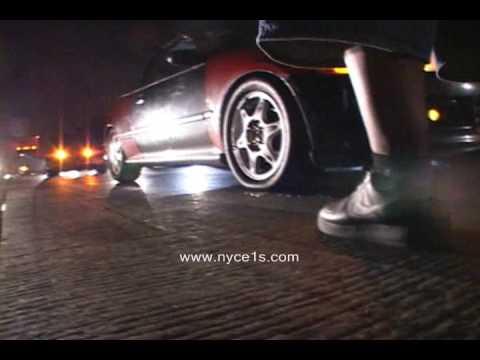 Nyce1s.com.... Porsche GT2 VS Turbo Honda Civic