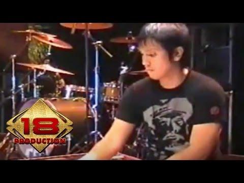 Element - Kekuatan Cinta (Live Konser Kota Baru 29 April 2006)