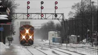 BNSF, CSX, NS, Metra & Amtrak in the Snow at Downers Grove, IL, 13.11.12