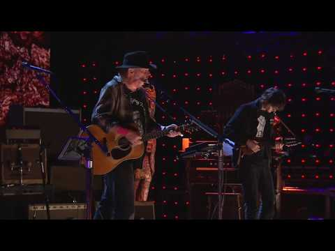 Neil Young and Promise of the Real - Comes A Time (Live at Farm Aid 2016)