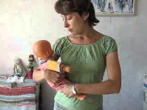 Как нельзя носить ребенка на руках. Неправильные хваты