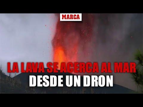 Las imágenes de drones revelan cómo la lava se acerca peligrosamente al mar
