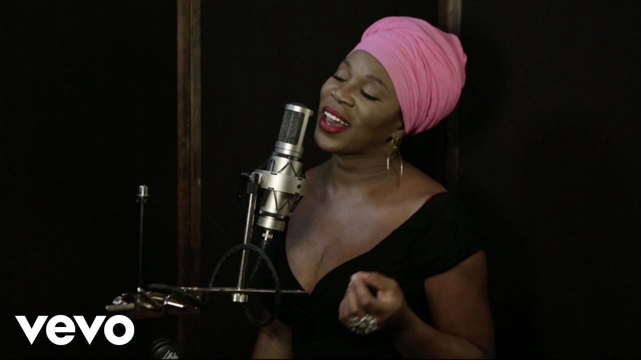 India.Arie - Christmas With Friends (Trailer) - YouTube