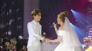 """Thu Thủy hạnh phúc song ca """"Cưới nhau đi"""" cùng Kin Nguyễn trong lễ cưới"""