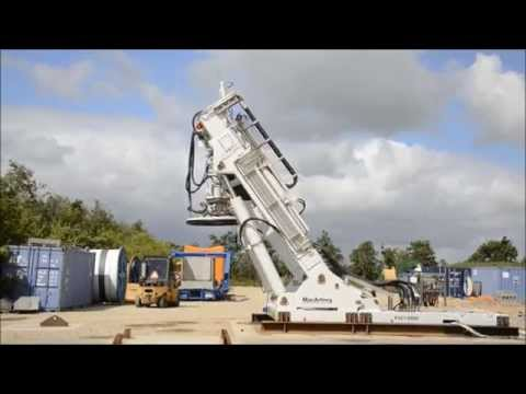 MERMAC A-Frame luffing and telescoping to launch position