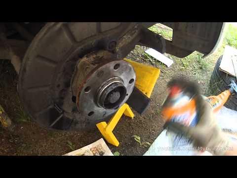 Замена тормозных колодок и дисков Jetta 6 1.6 (280мм) - Front brake kit replacement