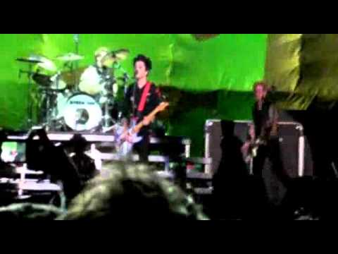 Green Day - Stuck with me - Argentina 22.10.2010 (MultiFancam)