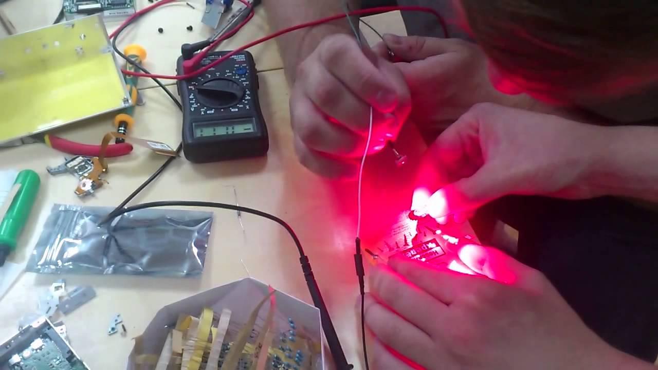 понимать, как с сдрома зделать лазер поделок своими руками