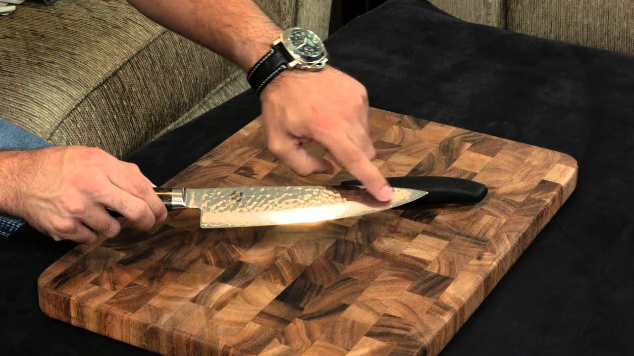 shun premier vs victorinox fibrox chefs knife youtube. Black Bedroom Furniture Sets. Home Design Ideas