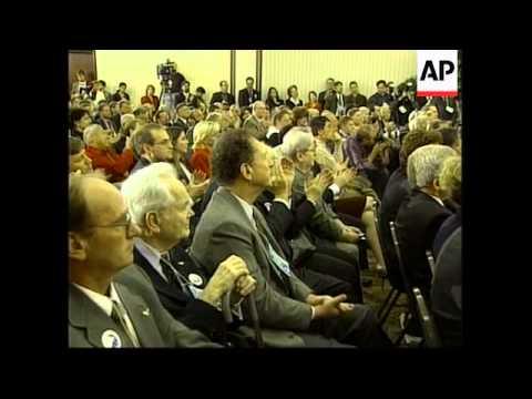 USA: VIRGINIA: PAT BUCHANAN TO RUN FOR REFORM PARTY (2)