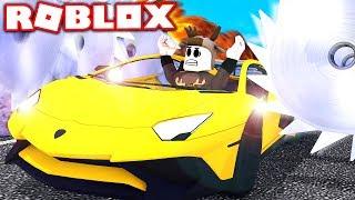 SHREDDING MY SPORTS CAR IN ROBLOX! (Roblox Car Crushers)