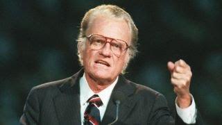 Rev. Billy Graham dead at 99 thumbnail