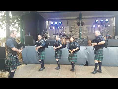 The Owl Town Pipe & Drum Band - Eröffnung vom Irish Open Air 2018 in Staffhorst
