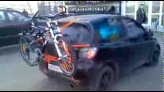 видео Крепление для велосипеда на заднюю дверь