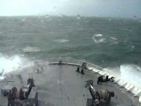 A Rough Day on the Irish Sea.wmv