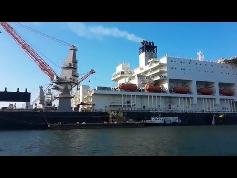 OFFSHORE MUSCLE MACHINE(THE PIONEERING SPIRIT) MEGASTRUCTURE PORT OF ROTTERDAM