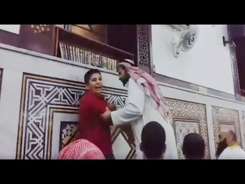 صبي حاولوا اسكاته في مسجد .. فأنصت له المصلوّن في خطبة بعد صلاة العصر