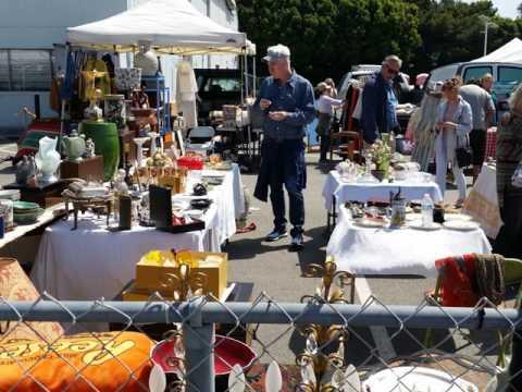 Santa Monica Airport Antique & Collectible Market