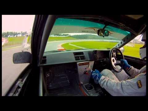 ACCC 2012 round 2 race 1: AE86 vs Civic, Escort Mk2 and BMW E30 325i