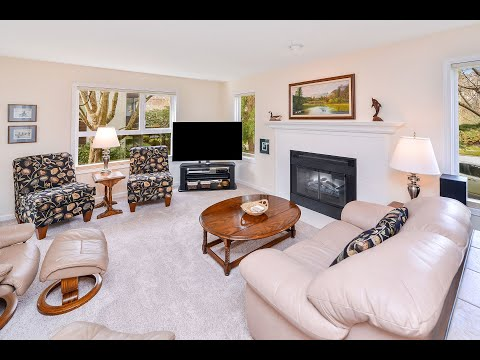 this-spacious,-updated-and-well-appointed-corner-suite-in-popular-fairfield-is-sure-to-please!