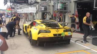 24H du Mans 2017 HD Video: Ferrari Vs Corvette Pit stop bataille au circuit de la Sarthe