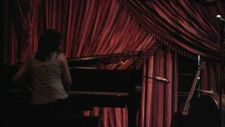 Johnaye Kendrick Duo with Meghan Swartz - Just Squeeze Me (But Don