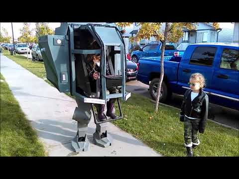 The Laurie DeYoung Show - The Ultimate Dad And Daughter Halloween Mech Costume