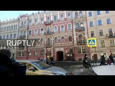Live: Live from outside US consulate in St. Petersburg following shutdown announcement