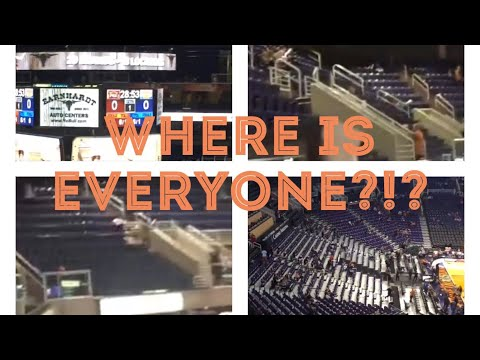Empty Phoenix Suns arena 28 minutes before tipoff