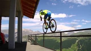 Сумасшедшая езда на велосипеде