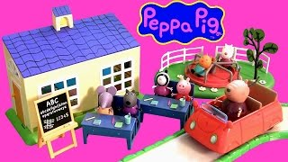 Play Doh Peppa Pig School Time Fun Playset ❤ Learn ABC using PlayDough at Escuela Vamos ao Cole
