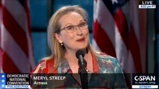 Meryl Streep Speaks At DNC Literally Draped In An U.S. Flag